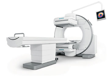 Image: Symbia Evo Excel combines excellent SPECT image resolution and detector sensitivity with a small room size requirement thus designed to fit into almost any existing nuclear medicine exam room (Photo courtesy of Siemens Healthcare).
