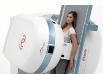 Image: Esaote's G-scan Brio weight-bearing MRI system. (Photo courtesy of Esaote).