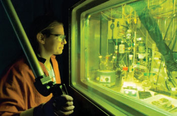 Image: Chemist Amanda Youker purifying molybdenum-99 (Photo courtesy of Wes Agresta/ ANL).